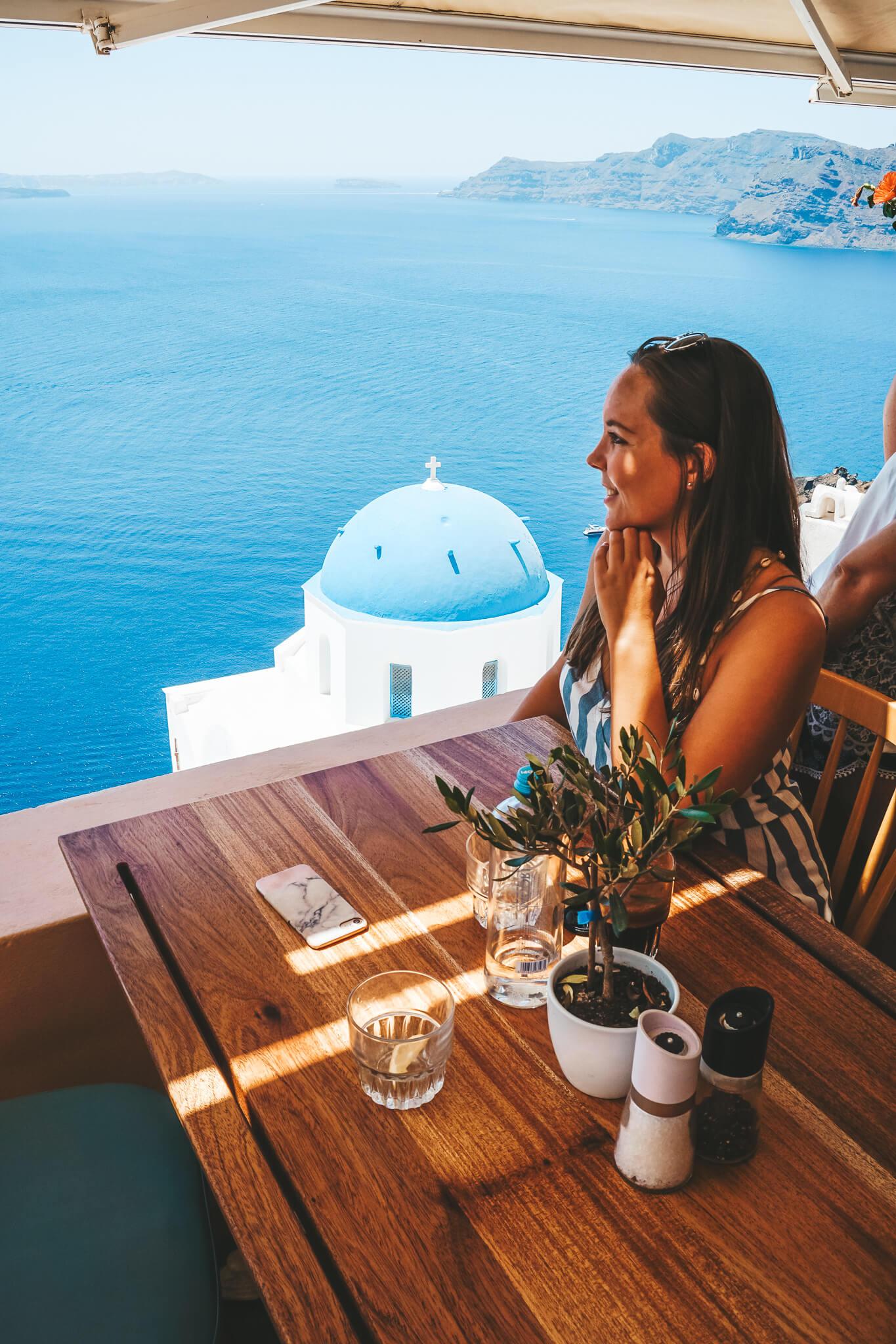 Restaurant-Santorin-Oia-TerpsnOia-Reiseblog-VonPalmenundBergen